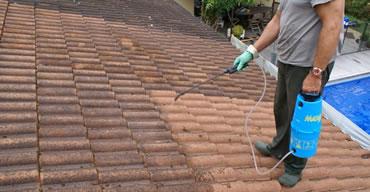 le nettoyage et d moussage de toit autreville 02 par baumgarther. Black Bedroom Furniture Sets. Home Design Ideas